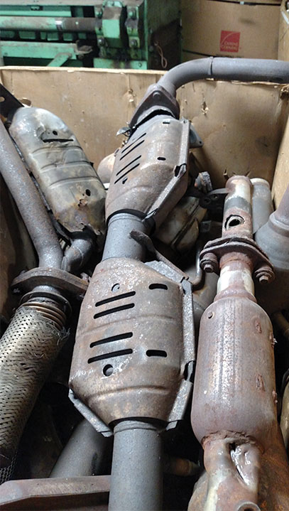 what are catalytic converters essay Catalytic converters notice when a vehicle drives by nowadays, that it is so much quieter than those loud oldies that pour out the blue smoke.